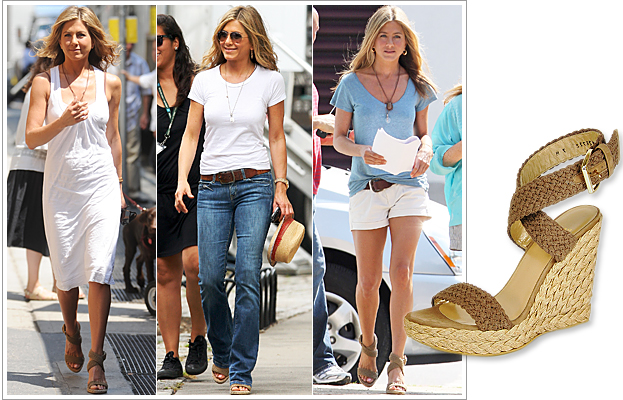 Jennifer Aniston in Stuart Weitzman Alex Espadrille Wedges