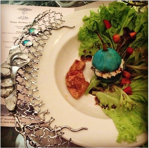 Here is the top view of the dish so you can see the gorgeous plate! (Photo by Karina Mantolino)
