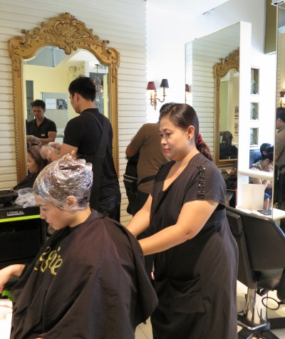 12 Maicel- Massage- Regine's Salon- The Link