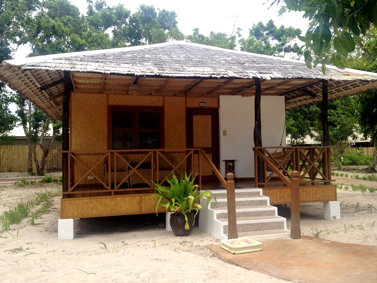 The beachfront cottages are the BEST place to stay in at Club Paradise, as you really wake up to the beach! This is what it looks like now-- rustic and charming-- renovations won't be done til 2015.