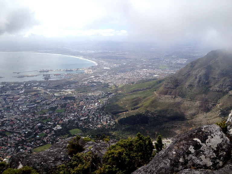 Stunning view of Capetown from on top of Table Mountain <3