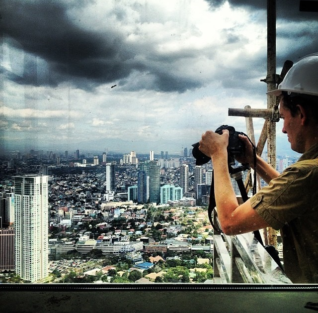 Frenchman Pierre-Emmanuel Michel flew into the country to photograph all the venues for Wallpaper* City Guide Manila! Here he is shooting our city from the 63rd floor of Discovery Primea.