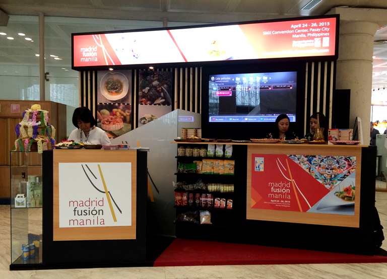 This is the Philippine booth at Madrid Fusion in Spain! This is the first time our country's every had a booth, and it was located right by the entrance of the Palacios