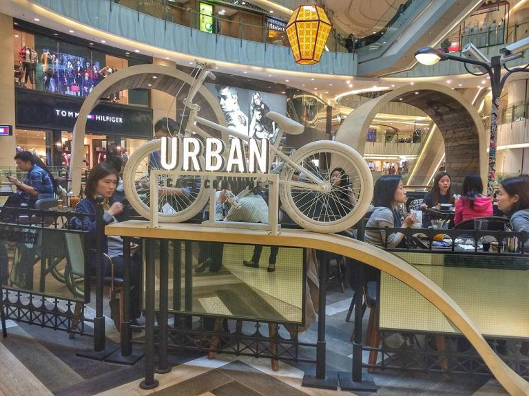 Such a hip space in the middle of Mongkok.. Urban Cafe Commune is Urban Bakery's first full scale restaurant, located in Moko Mall