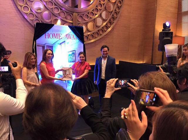 Unveiling the Lifestyle Asia Home & Away 3 coffee table book at the newly opened Crystal Lounge at Crown Towers, City of Dreams Manila with Lifestyle Asia EIC Anna Sobrepena, One Mega Group Founder and President Sari Yap and Chairman Jerry Tiu