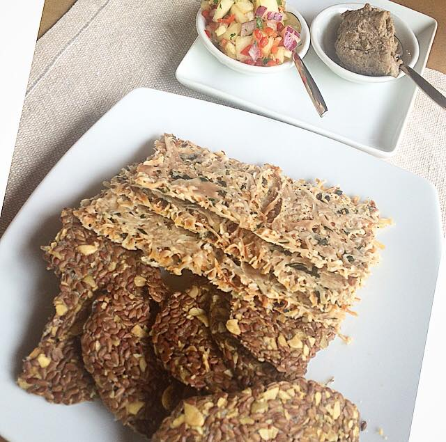 157 calories.. coconut and flax seed crackers served with pineapple salsa and lentil-walnut pate.. yummm!