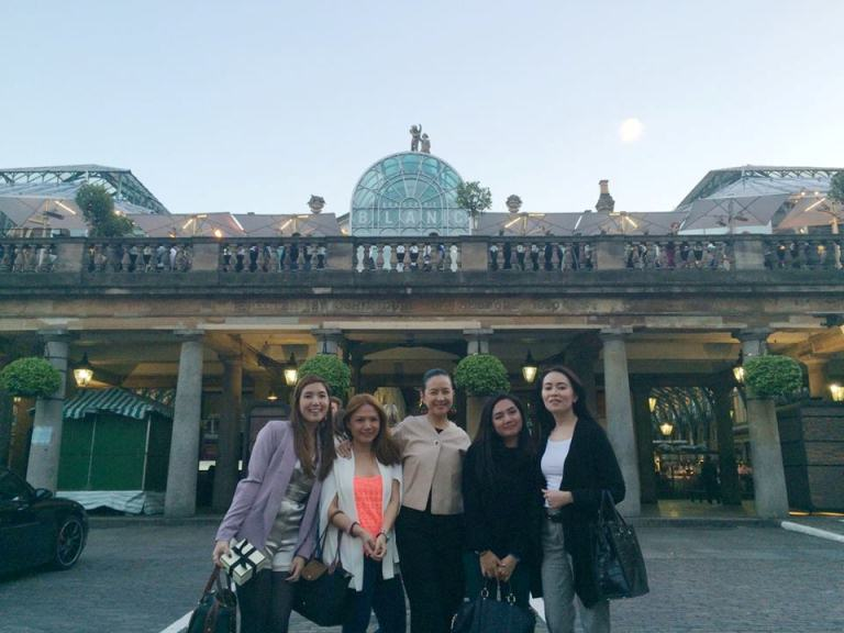 Had a blast with these ladies! Covent Garden on our last night in London together. Thank you, Jo Malone! And welcome to Manila!!! :)
