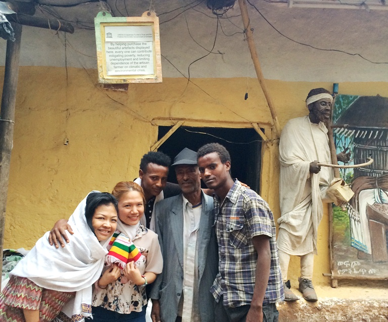 The talented and hard-working family behind the The House of Lalibela Artisans: Niguse Terefe and his nephews Asefa and Belay work here daily. Look for them and tell them you are our friends :) Amor and I couldn't help but buy some of their beautiful scarves.. she got a pashmina and I got a small scarf in the colors of the Ethiopian flag!