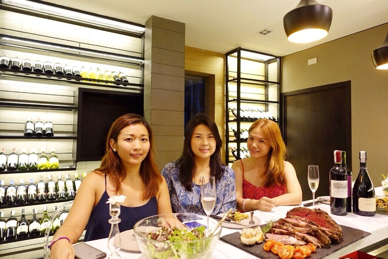 Cellar Door by Artisan Wine Cellars- Roxanne Lee, Jin Perez, Cheryl Tiu