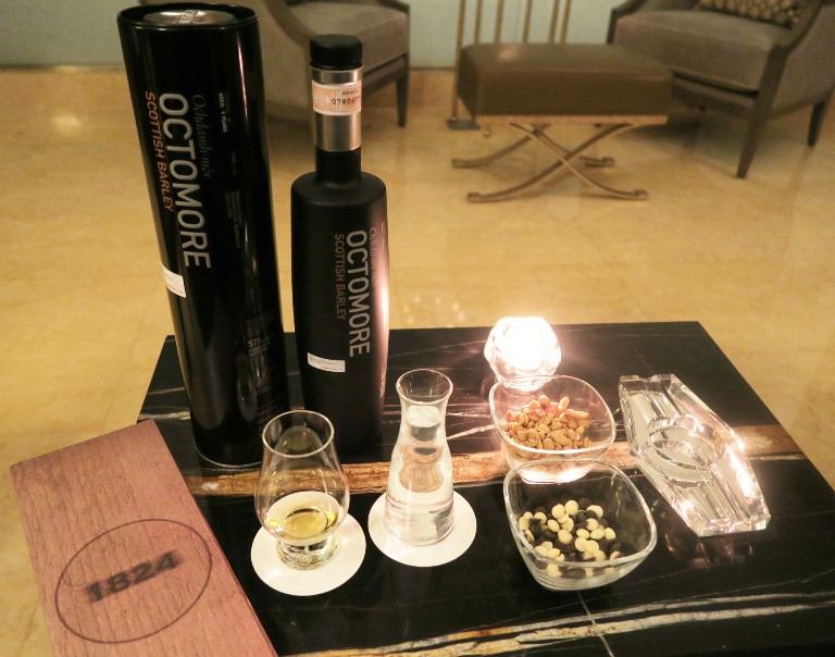 Octomore Whisky_1824_Discovery Primea