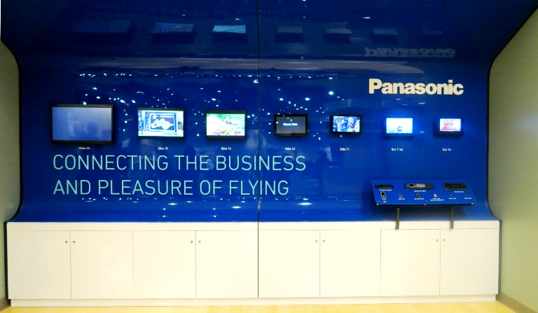 Boeing Dreamliner Gallery- Panasonic- Inflight Entertainment- Boeing Delivery Flight