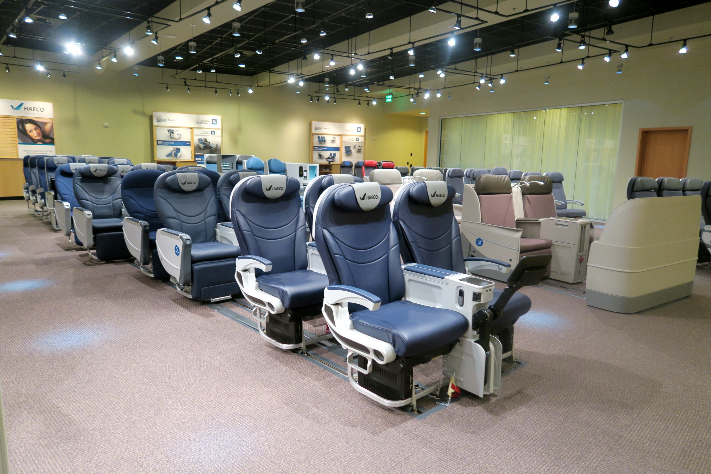 Boeing Dreamliner Gallery- Seats Prototype- Cathay Pacific-Boeing Delivery Flight