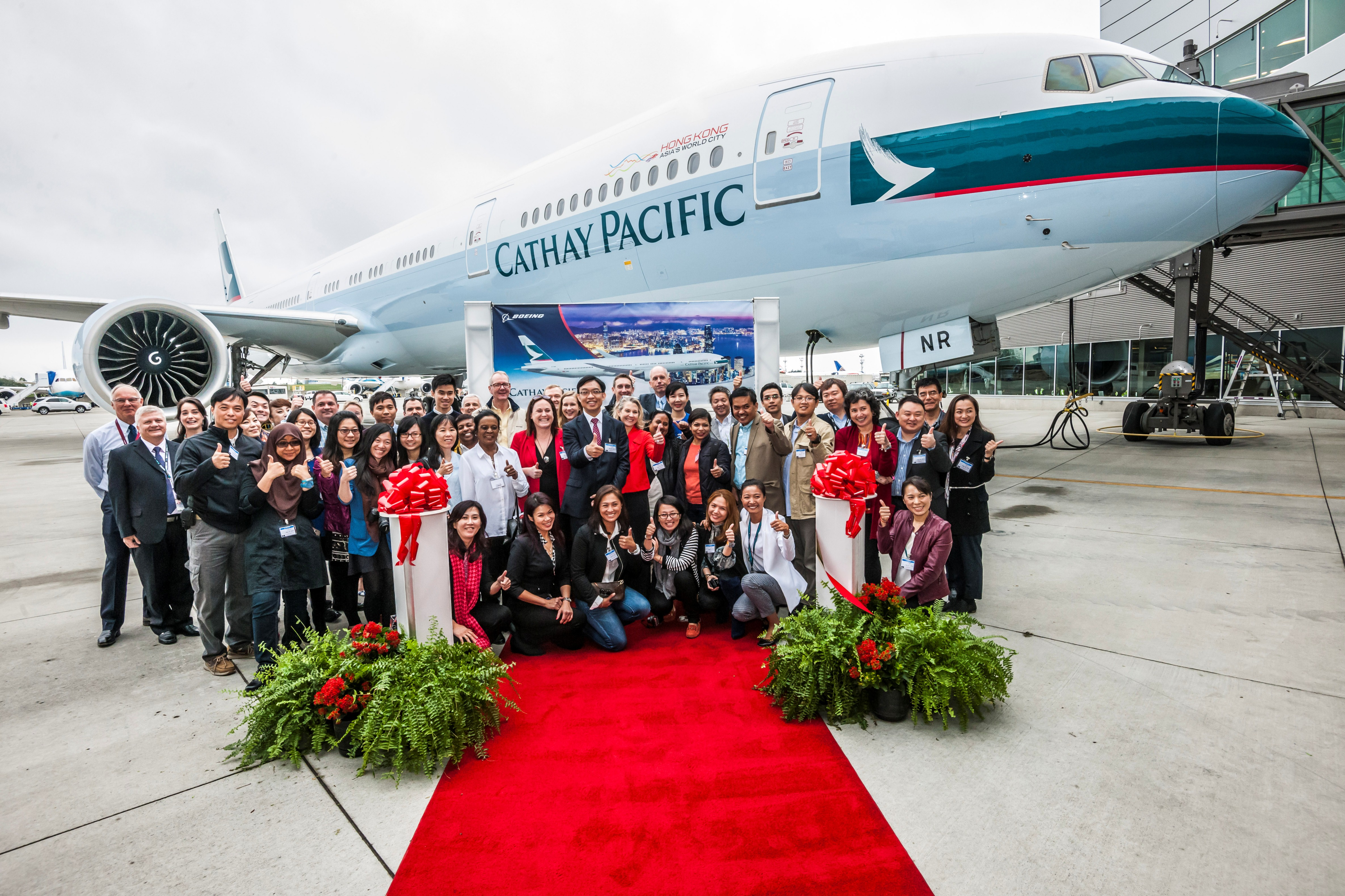 What an honor to have been invited to represent the Philippines on the Cathay Pacific-Boeing Delivery Flight of the last 777-300 ER, and their 70th 777 to date! Here we are with Cathay and Boeing executives, pilots and cabin crew, and fellow journalists from around Asia- a total of only 50 pax (try to find me; I'm kneeling)- with the brand-new plane at Everett Center in Washington. (Photo courtesy of Cathay Pacific)
