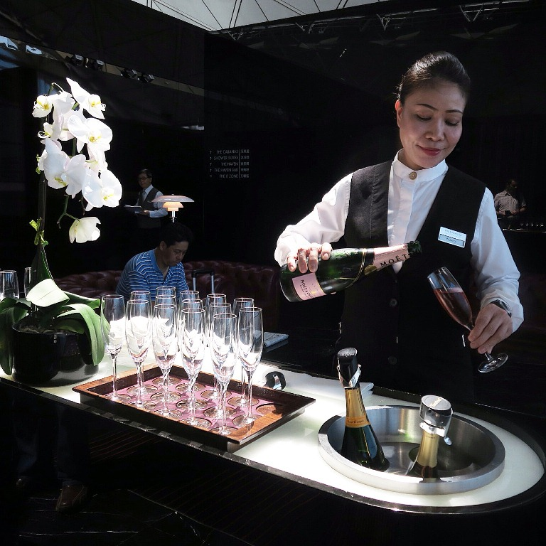 Cathay Pacific First Class- Hong Kong International Airport- Champagne Trolley