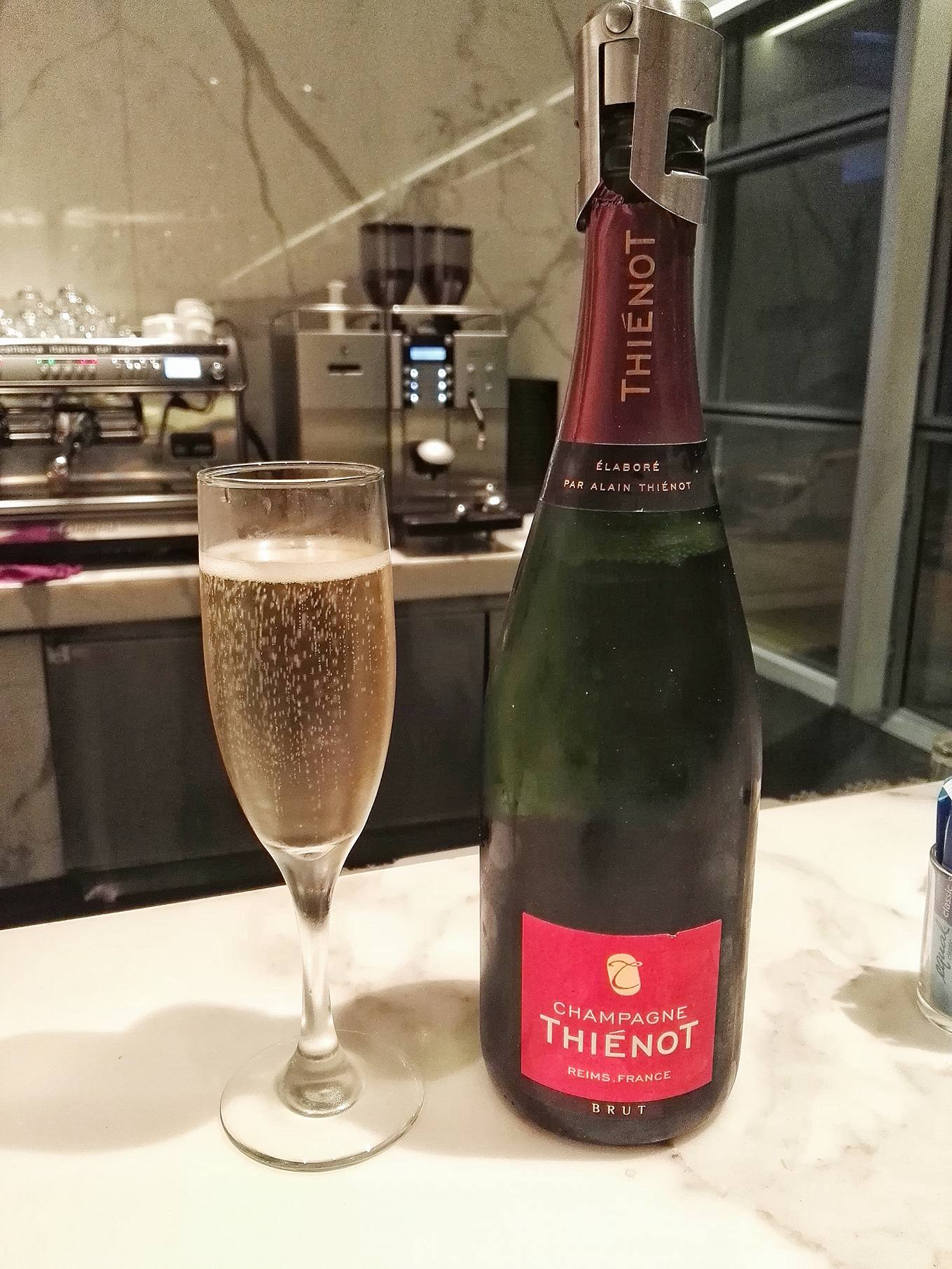 Champagne Thienot- Cathay Pacific- Business Class Lounge- The Bridge- Hong Kong International Airport