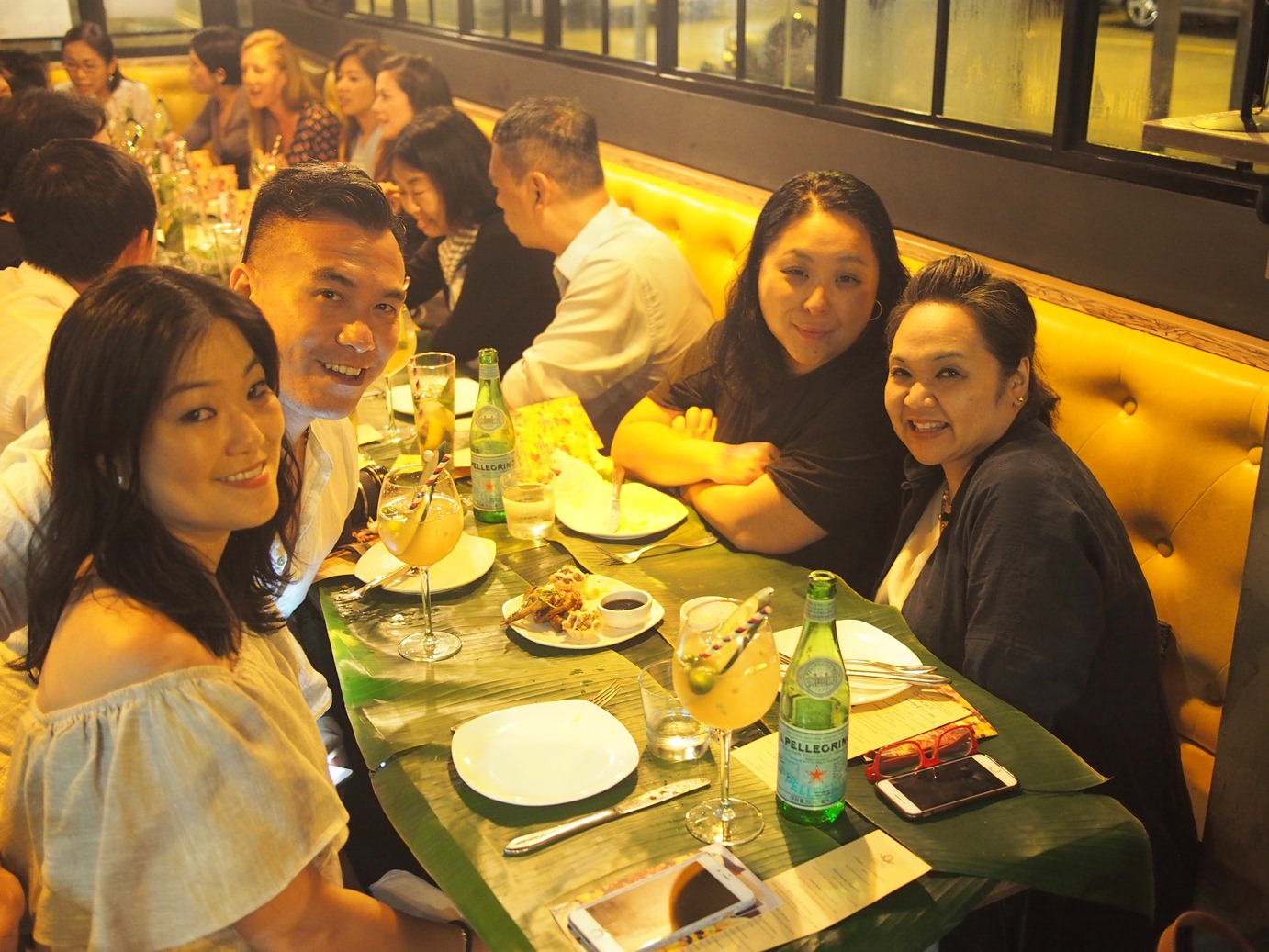 JJ Acuna of The Wanderlister, Sook's Mina Park, Louise Wong, Alex Seno