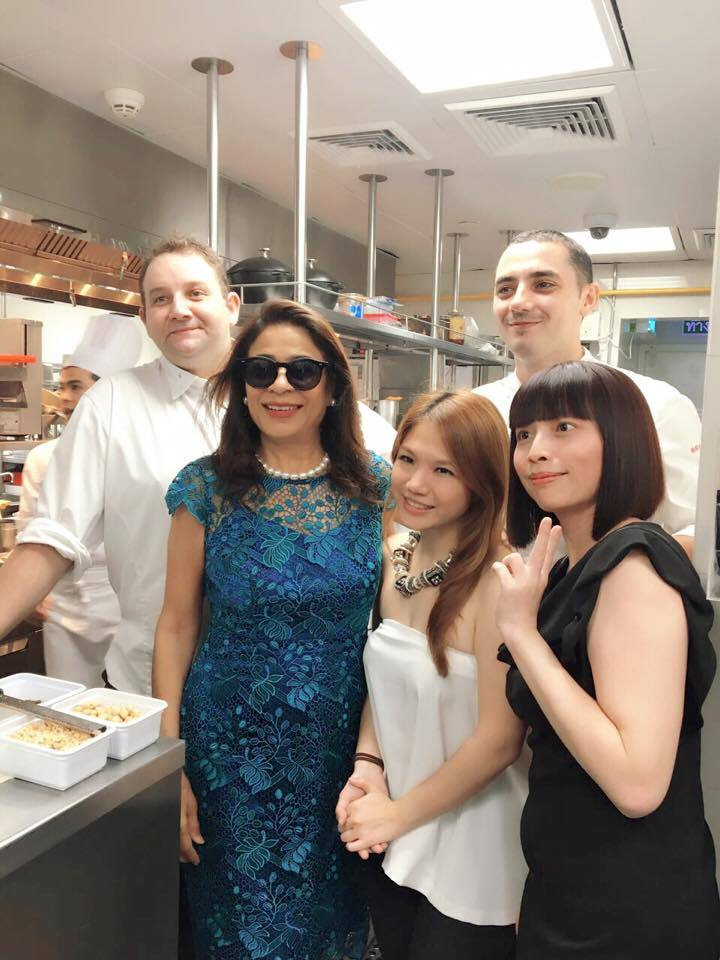 Le Normandie's Arnaud Dunand Sauthier, Rashmi Uday Singh, Cheryl Tiu, Odette's Julien Royer, Cathy Chao- Mandarin Oriental Bangkok