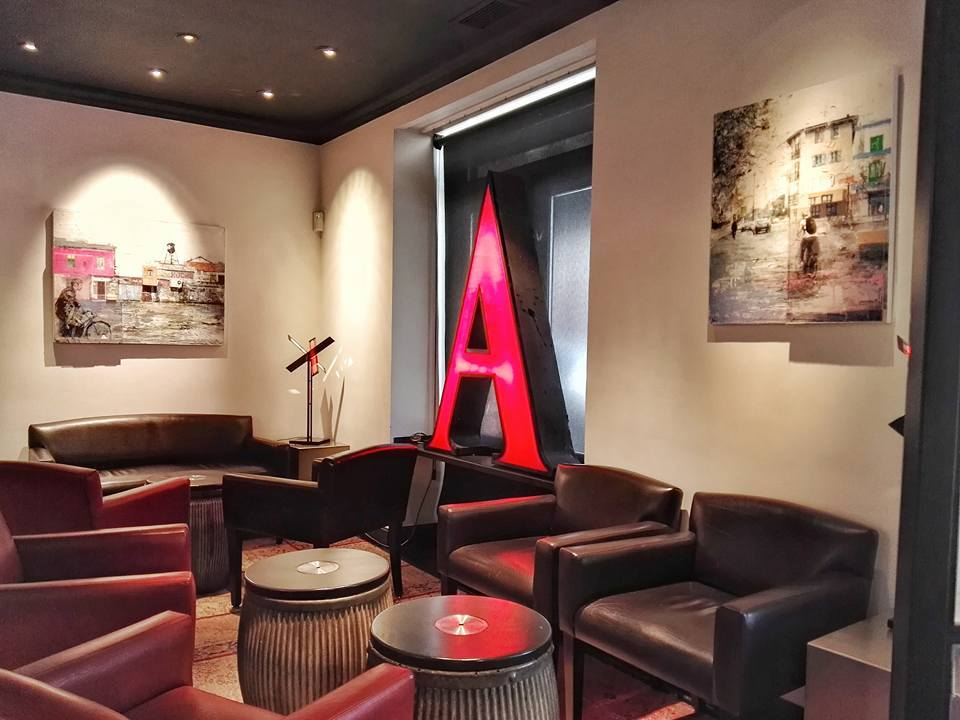 The Arzak bar waiting area (Photo by Cheryl Tiu)