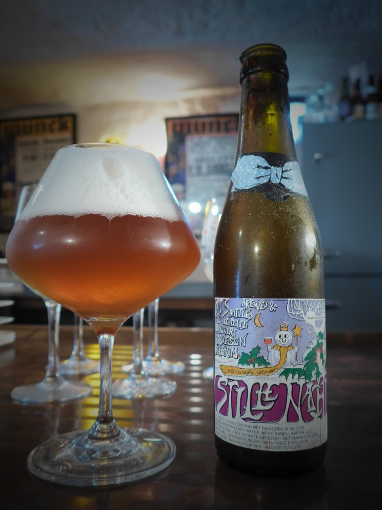 Stille Nacht (Silent Night) is De Dolle Brouwers' most popular beer, brewed for Christmas. It has a very potent beer (12% alc/vol). It has been boiling for many hours, brewed with pale malt with white candy sugar in the kettle.