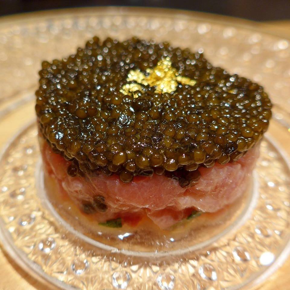 Tell me, how am I going to look at tuna tartare the same way again?!😱😱😱 At Haku (which just opened in July 2017), chutoro tuna from Nagasaki is mixed with Polmard beef and topped with Kristal caviar- and served w/ light potato crisps. (Photo by Cheryl Tiu)