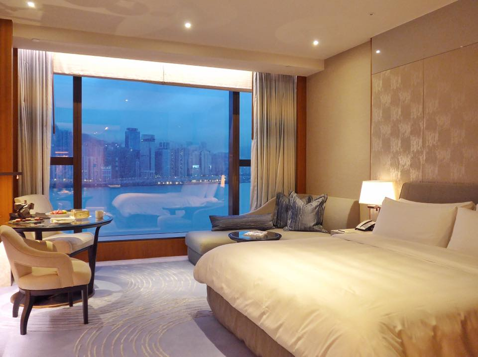 The Kerry Hotel which opened just last April 2017 is Hong Kong's first urban resort. This was my beautiful room looking out to the harbour! (Photo by Cheryl Tiu)