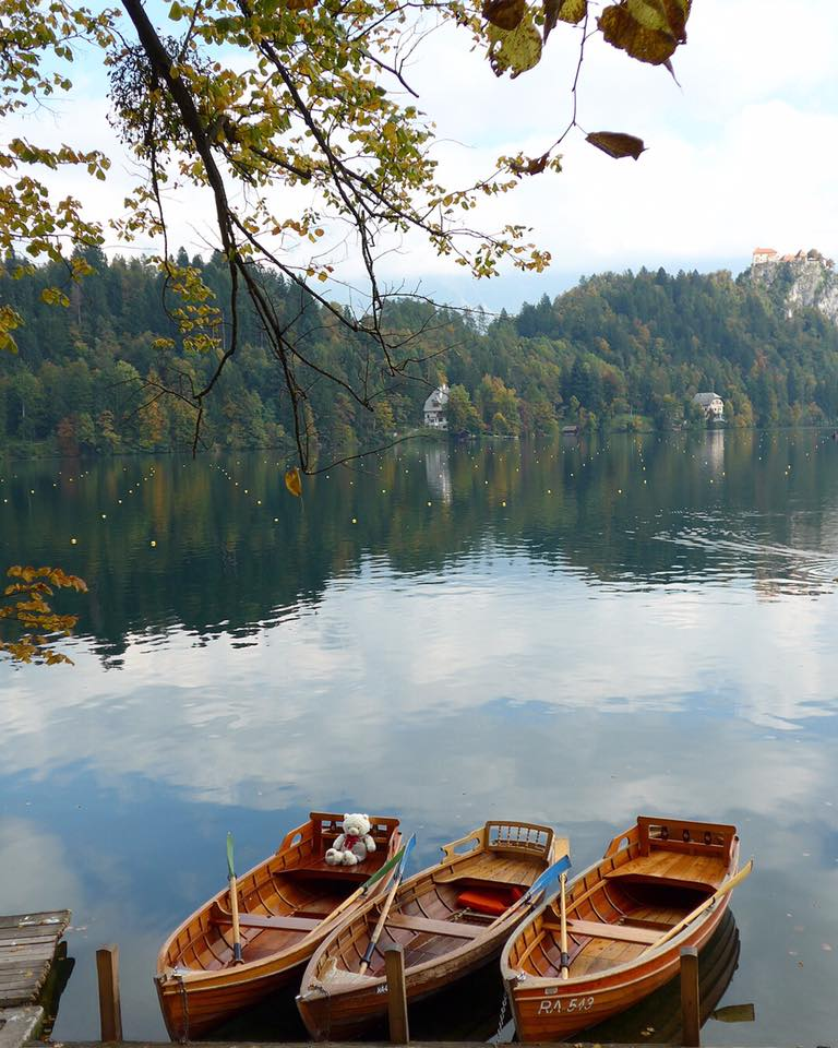 Picture-perfect gorgeous Lake Bled in Slovenia <3